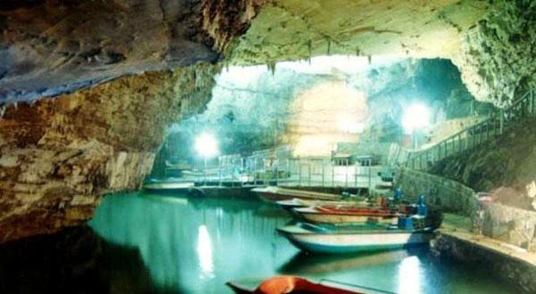 黄龙洞景区图