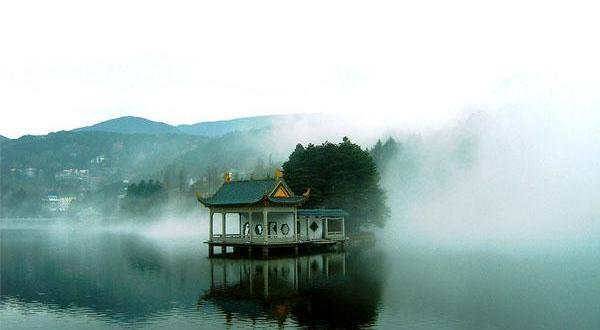 庐山入琴湖图