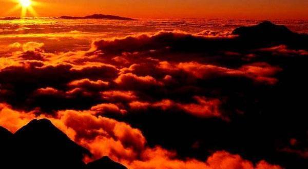 全景山东-【海誓山盟】夕阳红曲阜、泰山、东平湖 、青岛、威海、蓬莱、烟台、品质双卧单高8日游