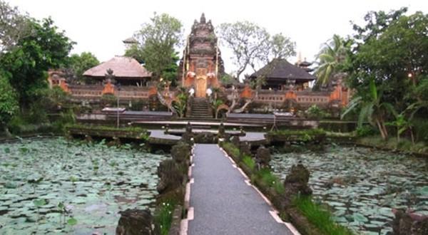 巴厘岛努沙杜尔海滩景区