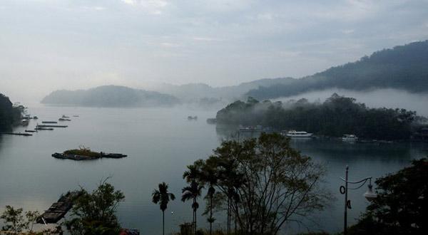 台湾·日月潭晨雾