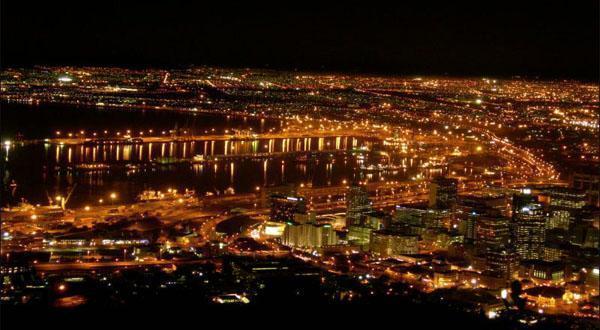 开普敦夜景图