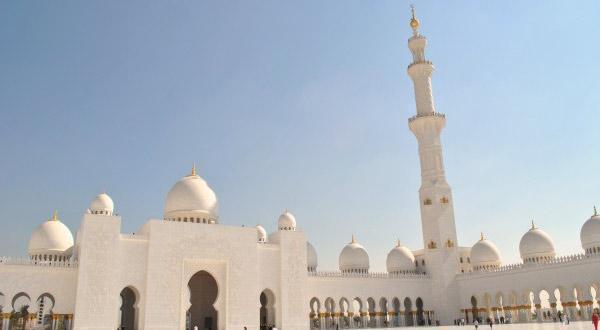 谢赫扎伊德清真寺造价约55亿美元