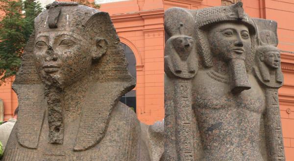 埃及加迪拜11天郑州起止上领队