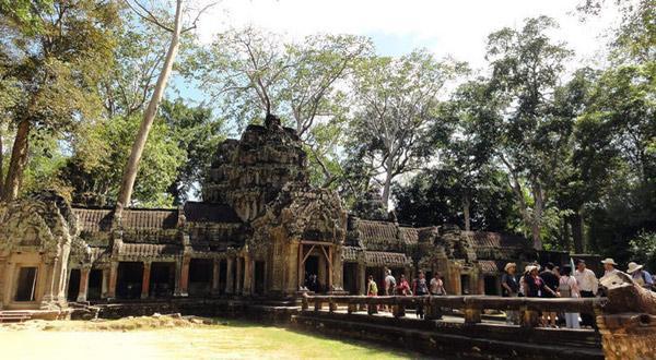 越南+柬埔寨8晚9日游