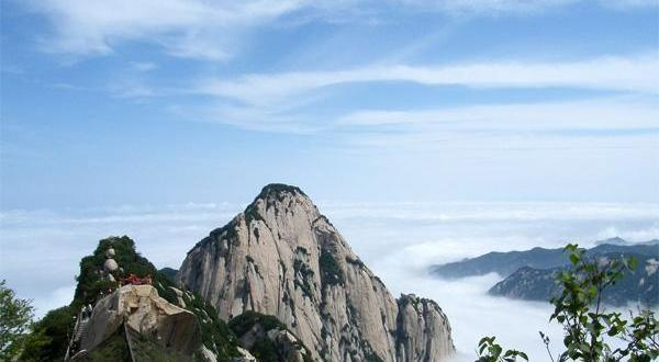 探险之旅——西安华山一日游_华山一日轻松游(西峰往返)独家赠送手套或地图一份