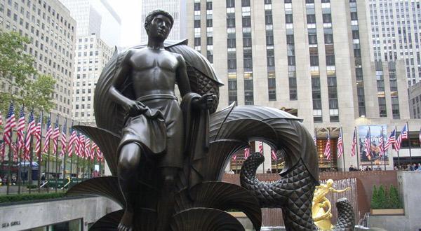 洛克菲勒广场雕塑