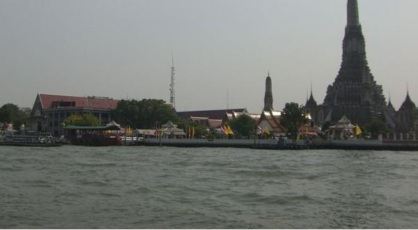 湄南河美景