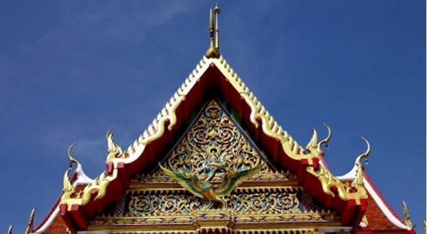 庆祝庙庙顶