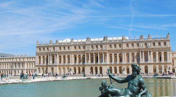 凡尔赛宫远景