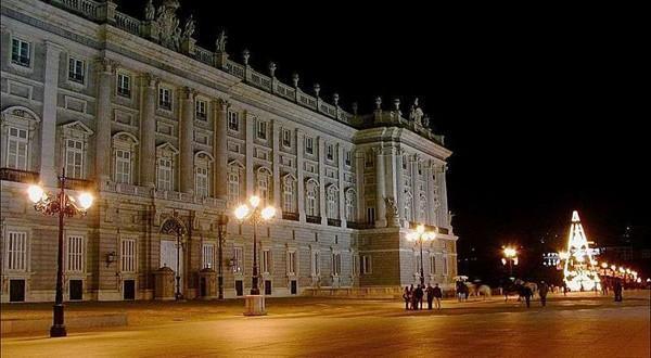 马德里皇宫夜景