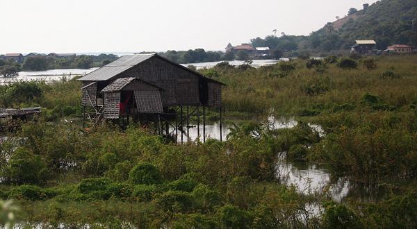 洞里萨湖房屋