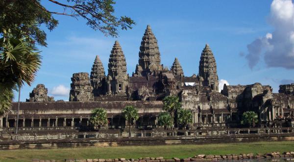 尊享柬埔寨三飞六天五晚金边进吴哥出
