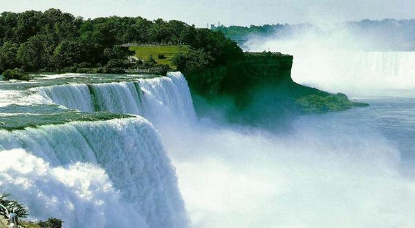 尼亚加拉瀑布景观