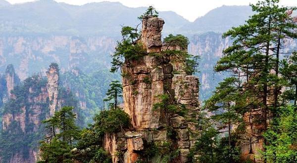 (双波)张家界400森林公园天门山玻璃栈道玻璃桥表演凤凰双飞5日游