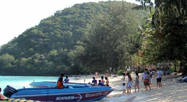 珊瑚岛-乘香蕉船
