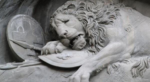 狮子纪念碑狮子近景