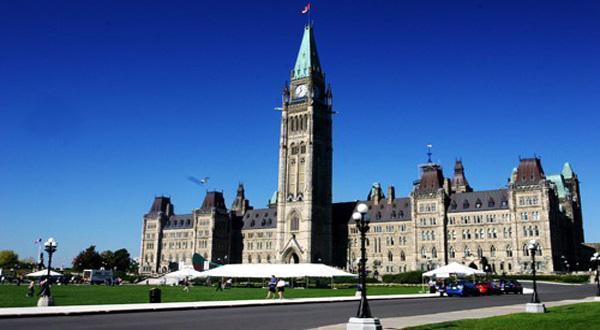 加拿大国会大厦风光