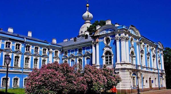 斯莫尔尼宫美景