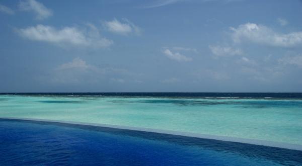 马尔代夫玛娜法鲁5晚7天(成都起止)参考行程