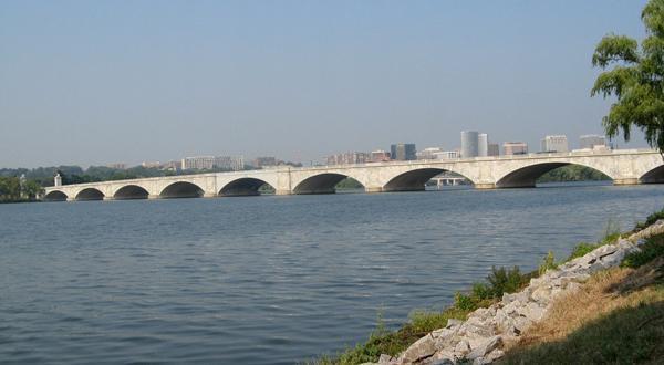华盛顿大桥景观