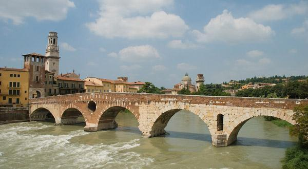 维罗纳桥景观