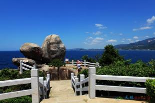 【海南篇】在岛中三亚往返双飞六日游----独家入住两晚分界洲岛海钓会所,360°看海、三晚三亚大东海柏瑞湾景房。