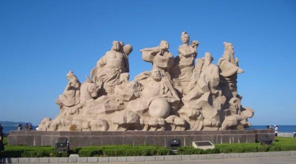 八仙雕塑广场