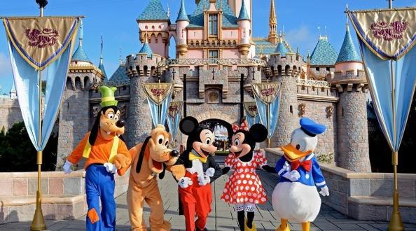 日本本州希尔顿三乐园 迪士尼+大阪环球影城+富士急乐园 七日游