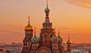 A(MU)俄罗斯双首都+金环谢镇+黄金三岛+双庄园9日跟团游