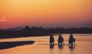 微笑缅甸-海天佛国