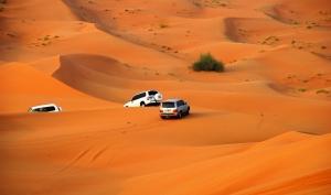 阿联酋(1晚阿布扎比五星酒店+沙漠冲沙)超值5晚7天