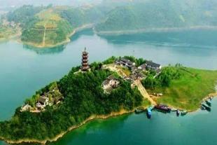 安康瀛湖、香溪洞二日游
